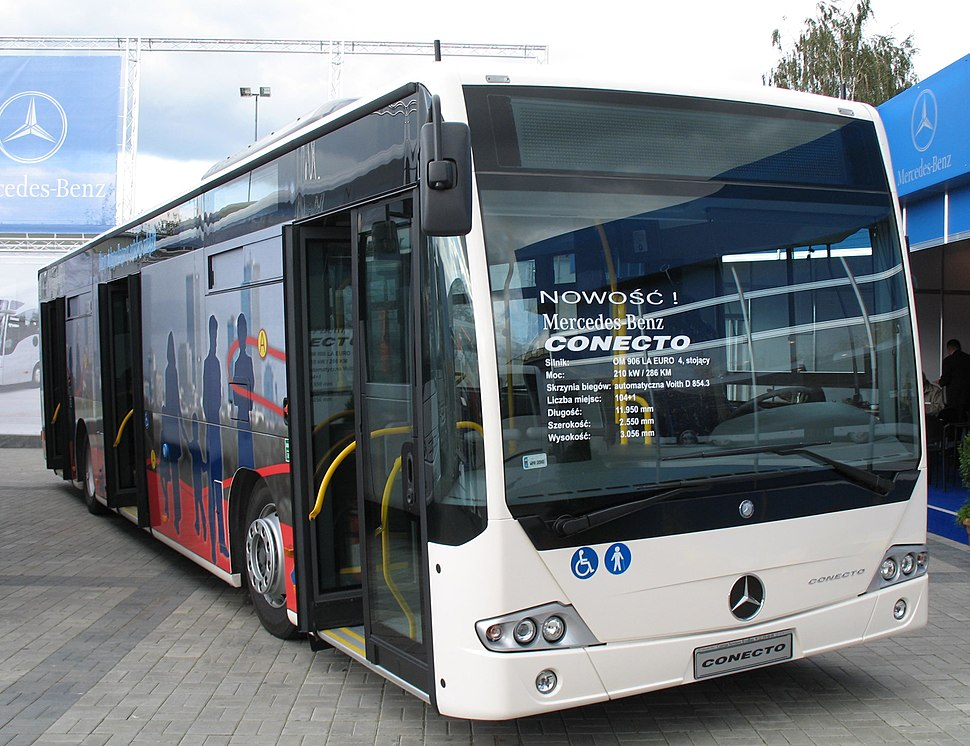 Mercedes-Benz buses - Howling Pixel