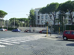 Circo Massimo (Rome Metro) - Entrance to the station beside the Food and Agriculture Organization building