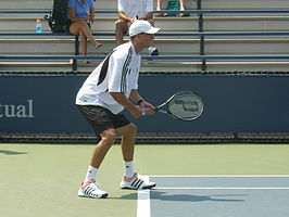 Mike Bryan at 2007 US Open.JPG