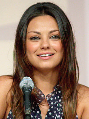 English: Mila Kunis at the 2009 Comic Con in S...