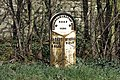 Milepost at Stone - geograph.org.uk - 1242124.jpg