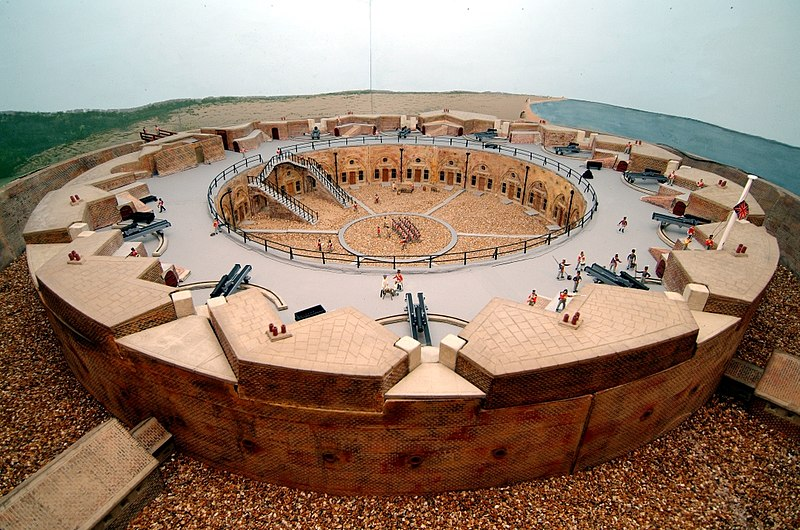 File:Model of the Redoubt Fortress.jpg