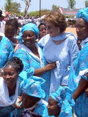 Molly Melching - Molly Melching in 2007 on the 10th anniversary of the abandonment of FGM by Malicounda Bambara, Senegal