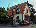 Mona Vale gate house, 2009.jpg