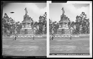 Monument to Cuauhtémoc - Stereograph of monument c. 1905-1910 by William Henry Jackson.