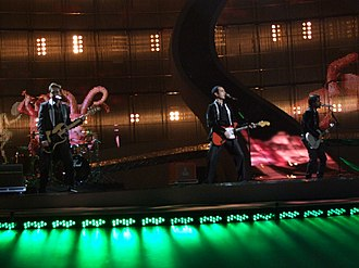 Deli (song) - Image: Mor ve Ötesi, Turkey, Eurovision 2008