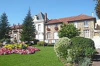 Morsang-sur-Orge - La mairie.jpg