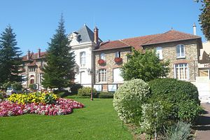 Morsang-sur-Orge - The town hall in Morsang-sur-Orge