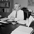 Moshe Sharett, voorzitter van de Jewish Agency, in zijn werkkamer, Bestanddeelnr 255-4728.jpg