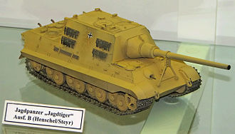 Jagdtiger - Model of the eight-wheel, Porsche suspension variant