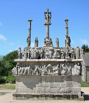 Calvary (sculpture) - Image: ND de Tronoën Calvaire 2B