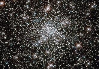 Blue straggler - Image: NGC 6752 HST