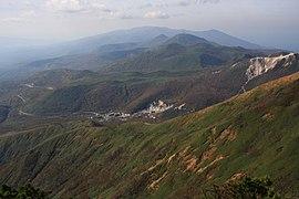 新雪谷连峰