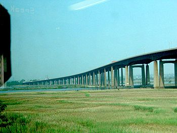New Jersey turnpike is laid on estacade over t...