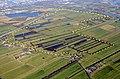 Naturschutzgebiet Neuländer Moorwiesen Schrägluftbild mit Schutzgebietsgrenzen.jpg