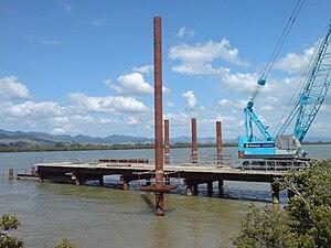 Kopu Bridge - New bridge being built in early 2010. Working deck shown only, final bridge level much higher