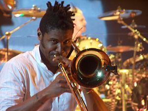 Gabrial McNair - Gabrial McNair performing on Summer Tour 2009