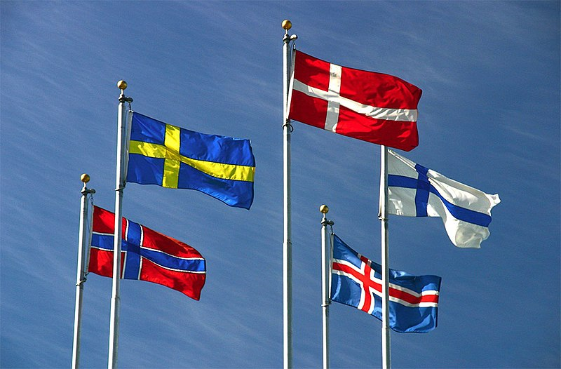 Fichier:Nordic flags (inverted).jpg