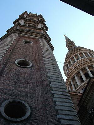 Benedetto Alfieri - Image: Novara Campanile Benedetto Alfieri e cupola antonelliana DSCF0942