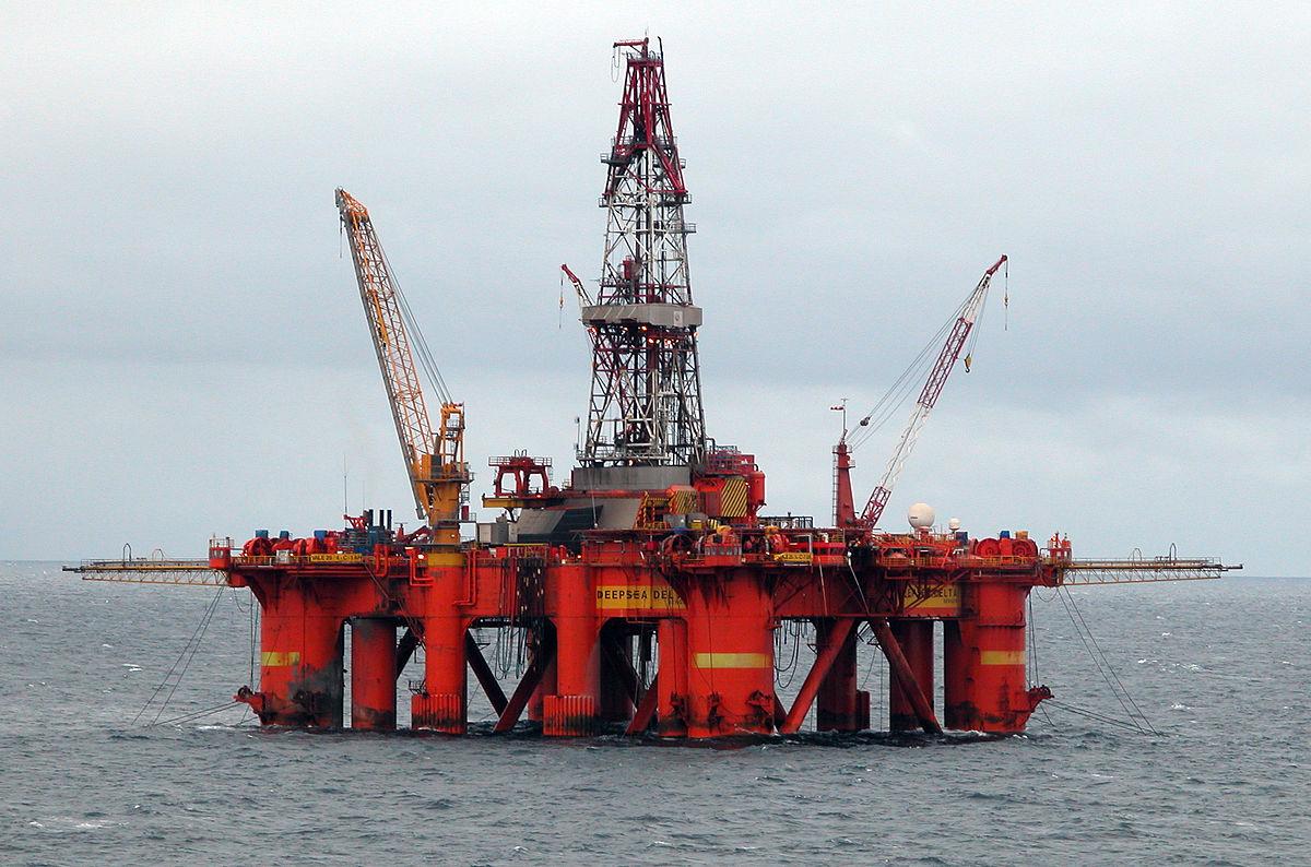 Semi-submersible platform - Wikipedia