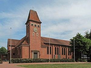 Geeste, Emsland - Image: Osterbrock, Sankt Isidorkirche foto 1 2011 05 07 15.15