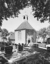 overzicht westgevel met koepeltorentje en kerkhof - wons - 20345727 - rce