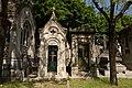 Père-Lachaise - Division 69 - Avenue de la chapelle 09.jpg