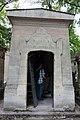 Père Lachaise Cemetery (20332883369).jpg