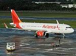 PR-OCH Avianca Brasil Airbus A320-200 - cn 6528 (19205557882).jpg