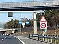Panneaux suisses 1.27 2.30 100 kmh.jpg