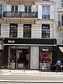 Paris 75004 Rue de Rivoli no 16 shopfront 20110629.jpg