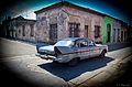 Peeping the car in Matanzas (5978519543).jpg