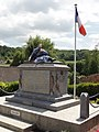 Pernant (Aisne) monument aux morts.JPG