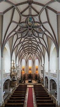 Pernegg Kirche Innenraum 02.jpg