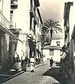 Perspectiva da Rua dos Capelistas observada de sul - Funchal, década de 1920.jpg