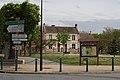 Perthes-en-Gatinais Mairie IMG 1944.jpg