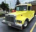 Peterbilt Pickup-2 (6163933785).jpg