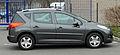 Peugeot 207 SW (Facelift) – Seitenansicht, 26. März 2011, Ratingen.jpg