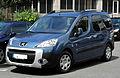 Peugeot Partner Tepee Outdoor (II) – Frontansicht, 17. Juli 2011, Ratingen.jpg