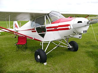 Piper J-5 - A Canadian J-5 with tundra tires