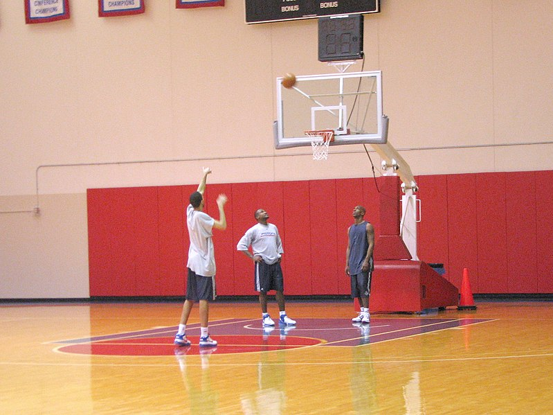 File:Pistons free throw practice 2007.jpg