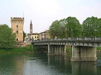 Pizzighettone - Image: Pizzighettone torre ponte