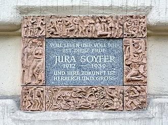 Jura Soyfer - Plaque at his last residence, Heinestraße 4, 2nd district of Vienna