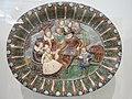 Plat décoré avec le roi Henri IV et sa famille (Louvre, OA 1351).jpg