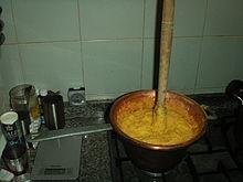 La cannella sta su quando la polenta è cotta