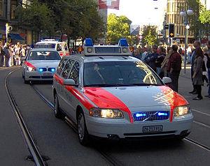 Municipal police (Switzerland) - Image: Polzhbhfstr