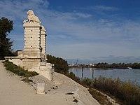 Pont aux lions de Trinquetaille.jpg