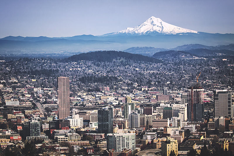 File:Portland, OR and Mount Hood from Pittock Mansion.jpg