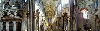 St. Vitus Cathedral - Panorama of the transept