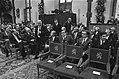 Premier den Uyl en de ministers Van Agt en De Gaay Fortman komen op het laatste , Bestanddeelnr 927-4562.jpg